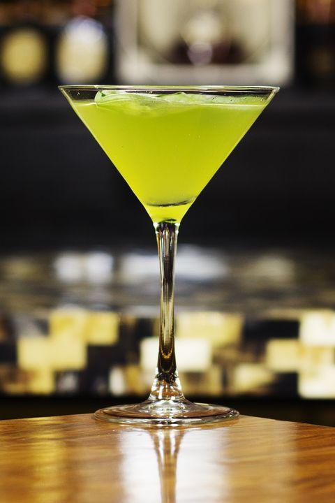 Alcoholic beverage, Drink, Classic cocktail, Distilled beverage, Liqueur, Cocktail, Martini glass, Gimlet, Sour, Bacardi cocktail,