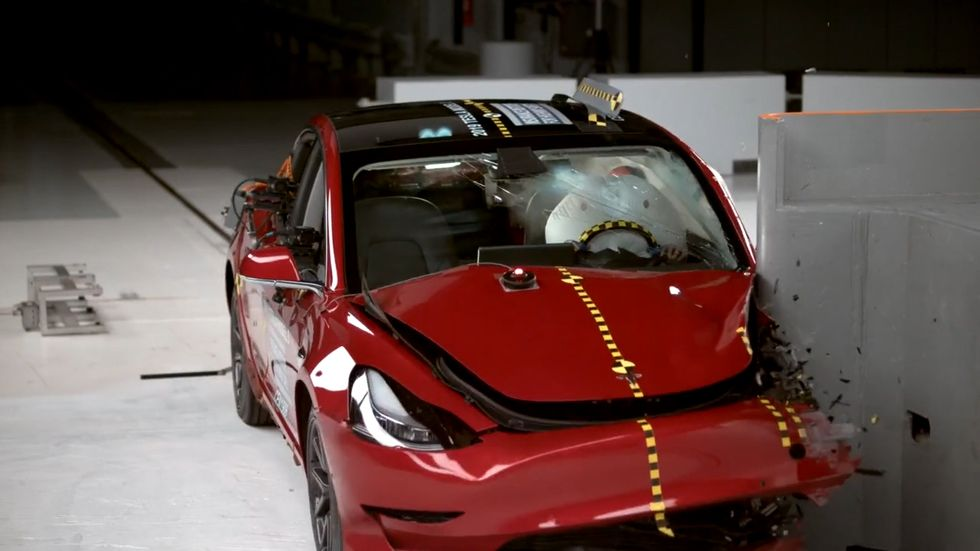 IIHS Top Safety Pick Prize Goes to Record Number of Vehicles for 2021