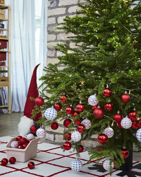 Ikea Christmas Tree - How To Get A £9 Tree, Free £20 Ikea ...