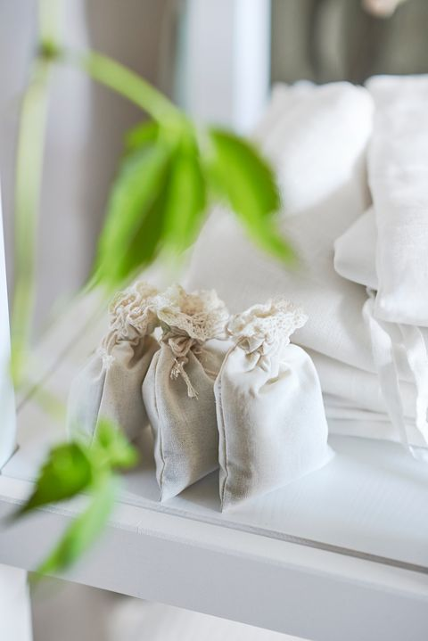 Bolsas aromáticas de la colección BORSTAD de IKEA