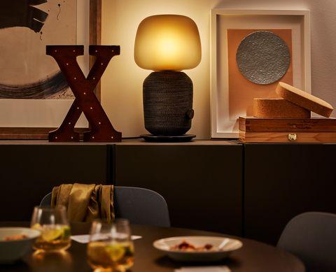 Lámpara con altavoz wifi SYMFONISK de IKEA
