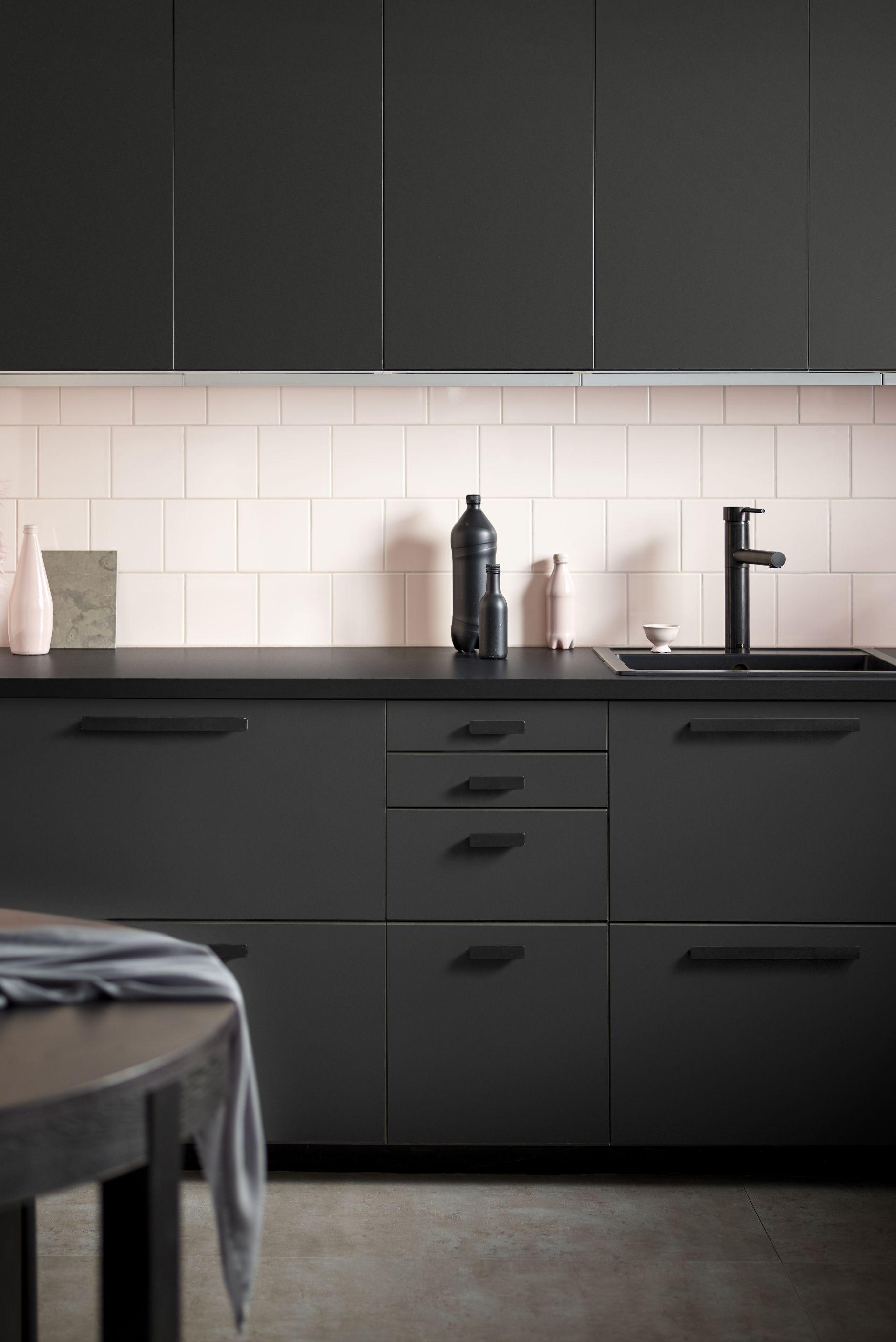Black kitchen, Ikea