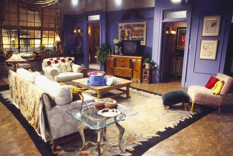 Ikea ha ricreato i salotti di Friends e Stranger Things con i suoi mobili