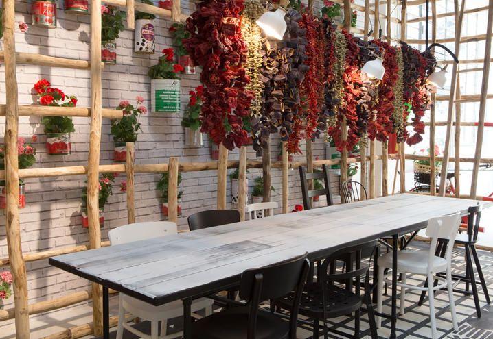 L'ALLESTIMENTO DI PAOLA NAVONE ALL'IKEA TEMPORARY DI VIA VIGEVANO
