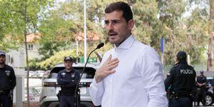 Íker Casillas salida hospital