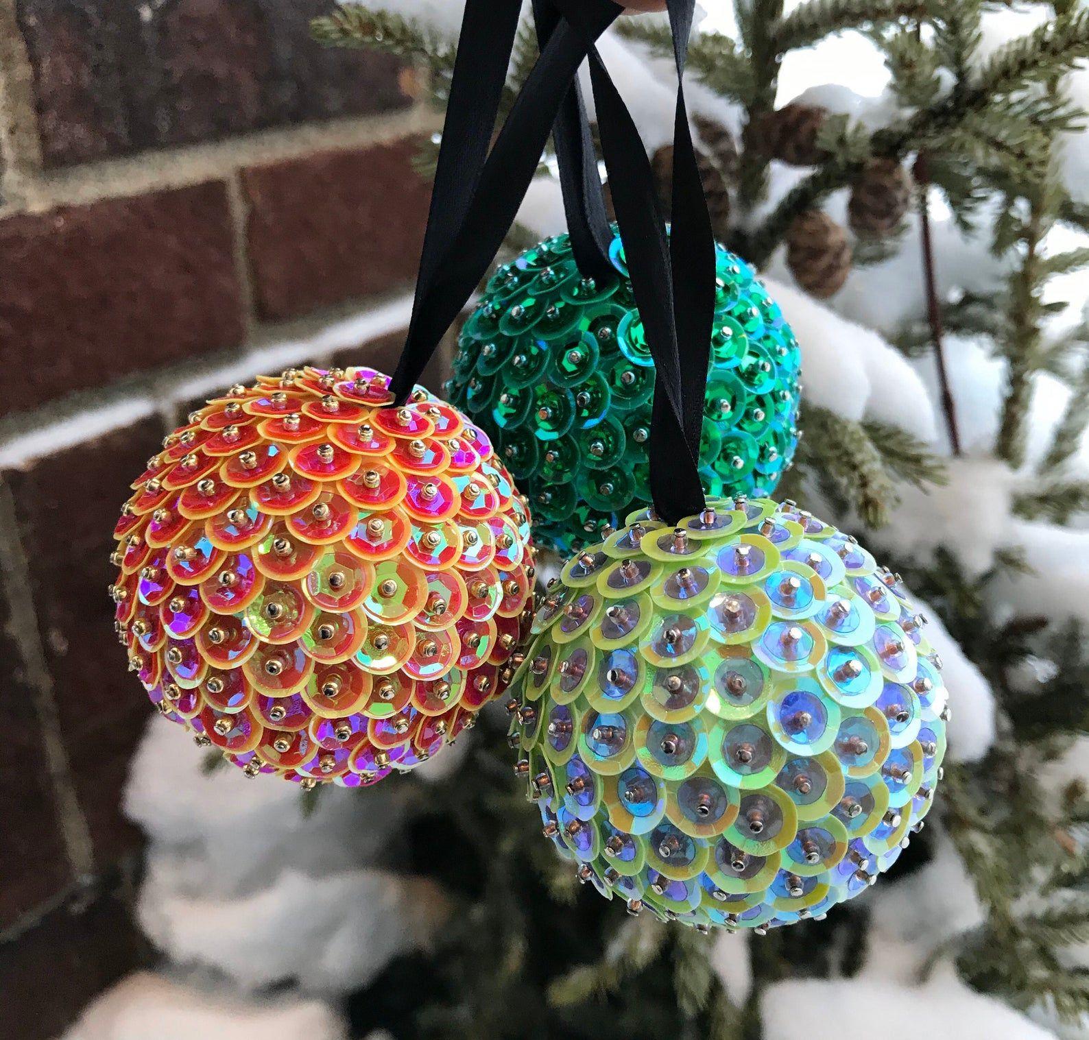 DIY Christmas Ornaments   How To Make Homemade Christmas Tree ...