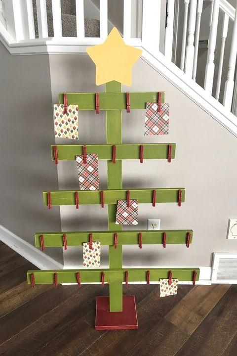20 Diy Christmas Card Holder Ideas How To Display Christmas Cards