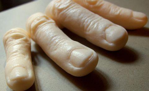 Finger, Nail, Hand, Food, Material property, Frankfurter würstchen, Dish,
