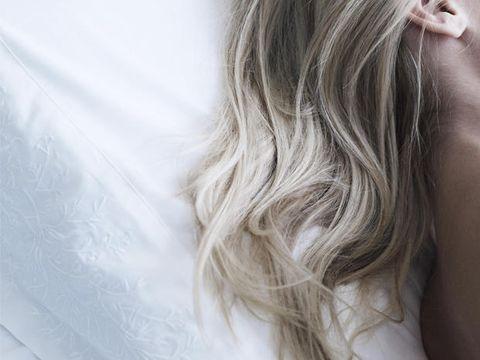 Hairstyle, Long hair, Blond, Back, Brown hair, Hair coloring, Layered hair, Silver, Surfer hair, Flesh,