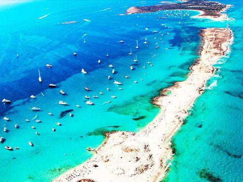 Blue, Water, Azure, Aqua, Coastal and oceanic landforms, Lagoon, Sea, Continental shelf, Ocean, Tropics,