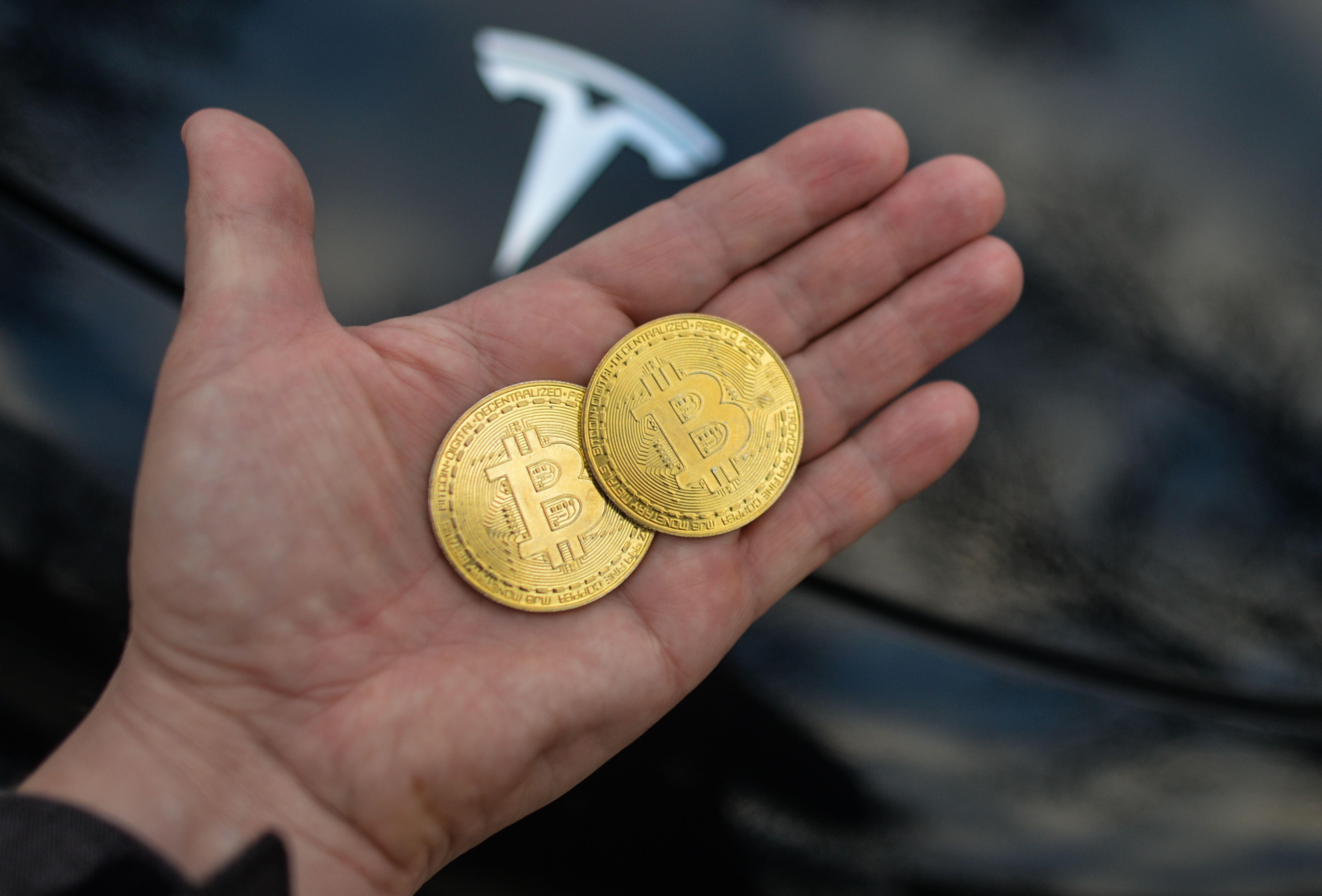 6 5 bitcoins doleriais)