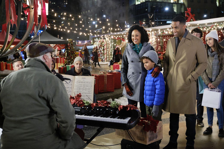 Hallmark Christmas Movies 2020 Full List Schedule Plots