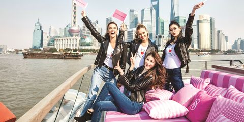 Tourism, Pink, Fun, Friendship, City, Travel, Leisure, Photography, Vacation, Happy,