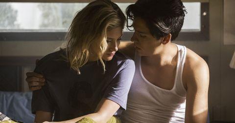 Interaction, Shoulder, Friendship, Love, Romance, Conversation, Gesture, Black hair, Smile,