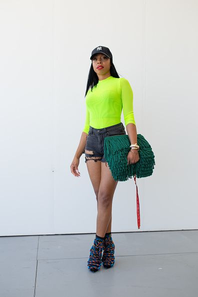 Green, Clothing, Shoulder, Footwear, Fashion, Human leg, Joint, Yellow, Thigh, Shorts,