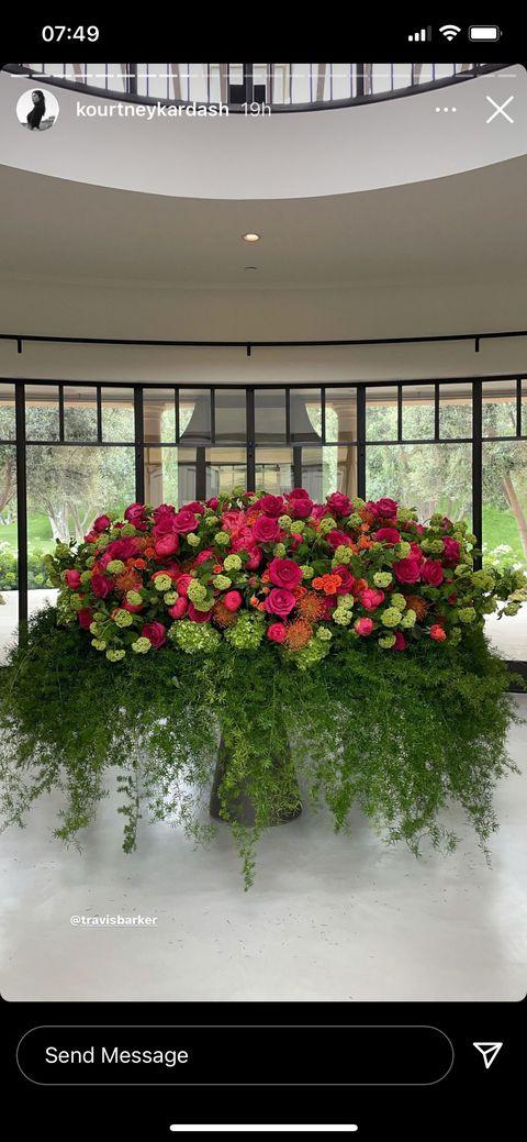 travis barker's floral arrangement to kourtney kardashian on mother's day 2021