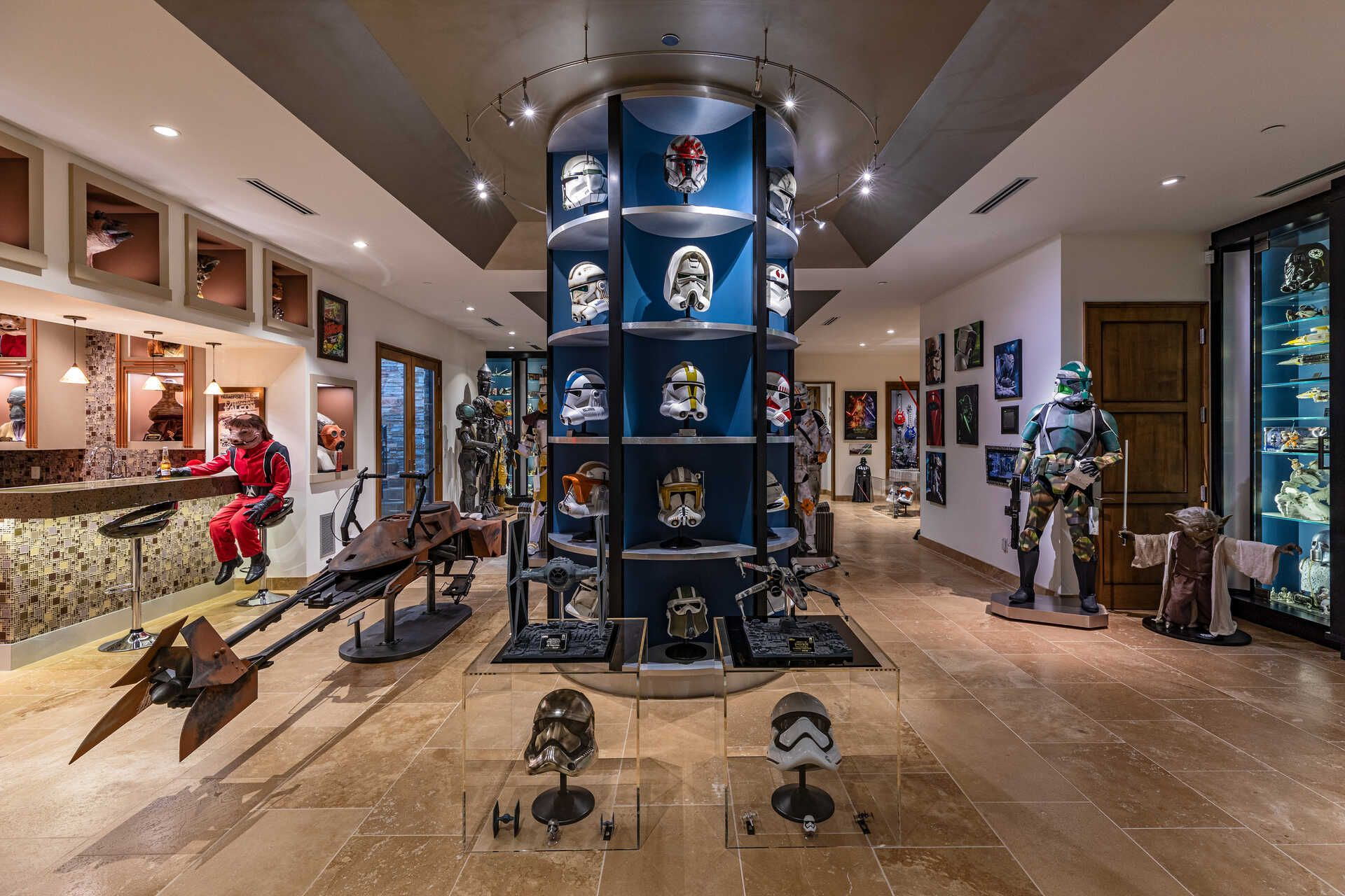 This Mansion Has an Entire Basement Dedicated to Star Wars, Equipped With 40 Life-Sized Character Figurines and a Cantina