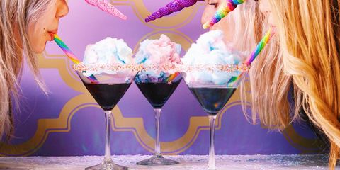 Drinkware, Stemware, Glass, Ingredient, Tableware, Barware, Liquid, Wine glass, Drink, Martini glass,