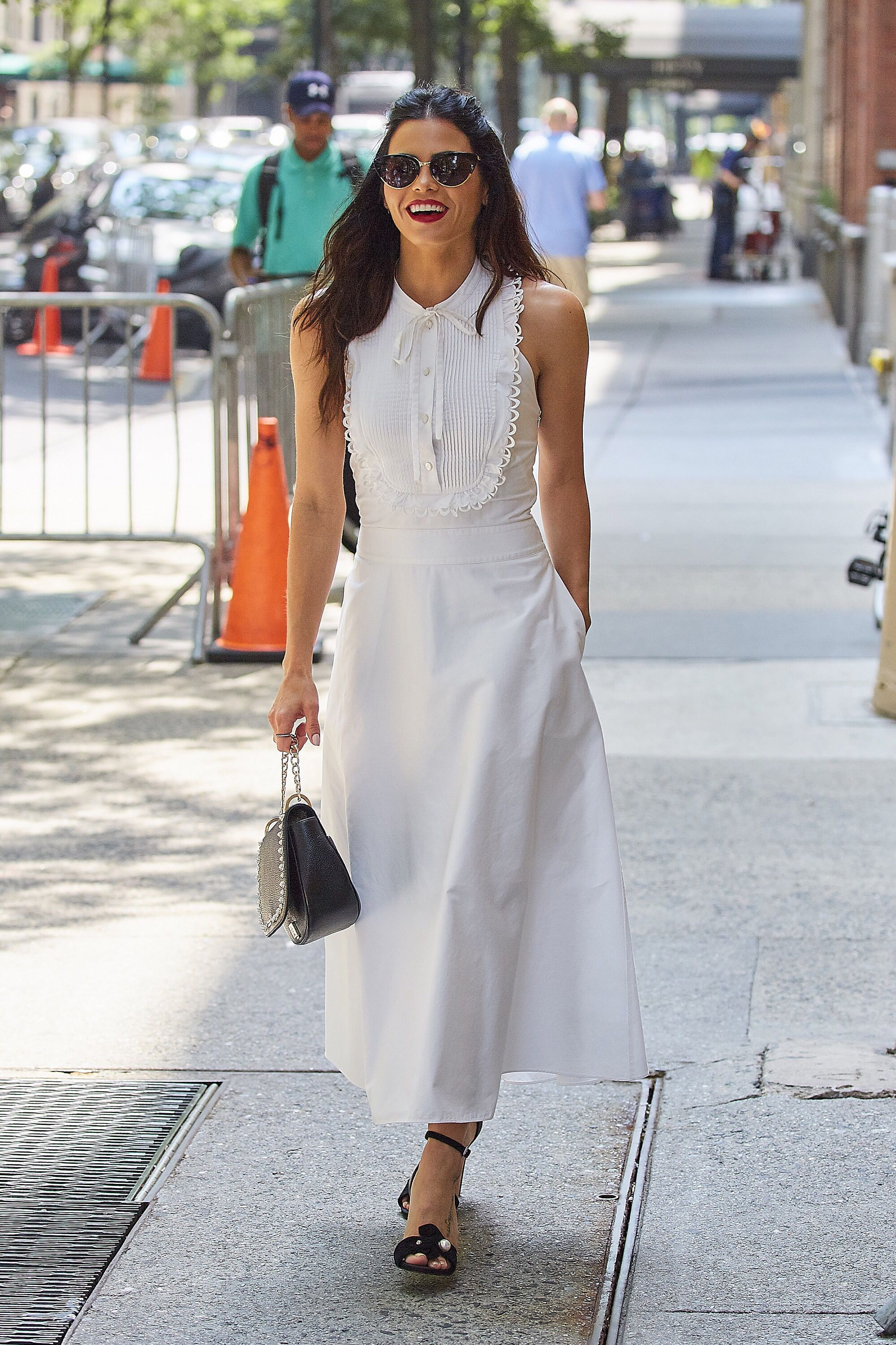 Le Fashion Blog Jenna Dewan Tatum Classic White Sundress Black Heels Via Harpers Bazaar