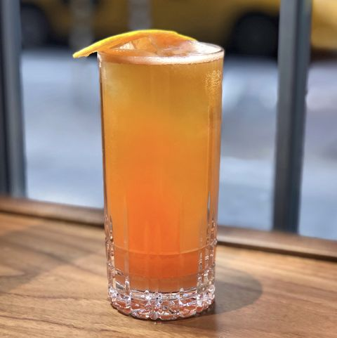 Drink, Rum swizzle, Alcoholic beverage, Juice, Bay breeze, Arnold palmer, Non-alcoholic beverage, Mai tai, Distilled beverage, Sour,
