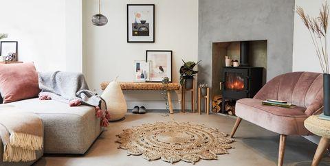 Furniture, Room, Living room, Interior design, Floor, Property, Table, Coffee table, Wall, Bedroom,
