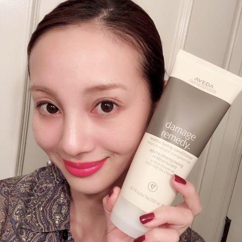 Face, Hair, Skin, Product, Head, Beauty, Nose, Cheek, Eyebrow, Lip,