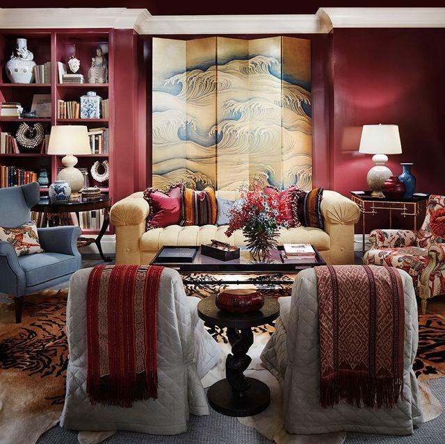 tom stringer red living room