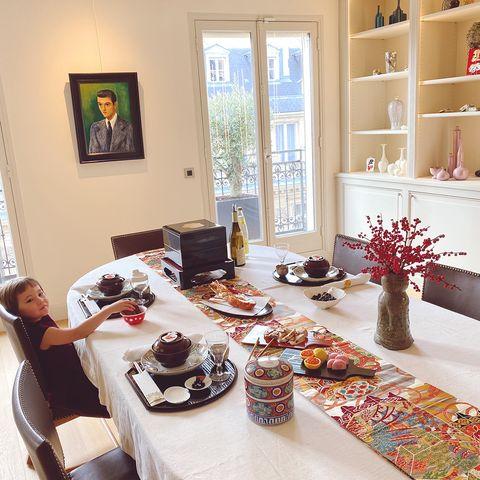 お正月料理の並んだテーブル