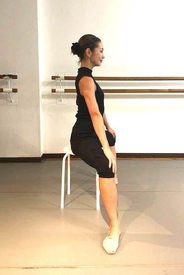 Shoulder, Ballet, Dance, Joint, Leg, Ballet dancer, Standing, Arm, Footwear, Performing arts,