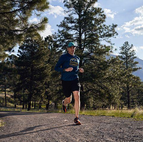 Running, Outdoor recreation, Long-distance running, Recreation, Tree, Ultramarathon, Jogging, Sky, Individual sports, Trail,