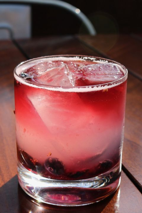 Drink, Woo woo, Campari, Sea breeze, Alcoholic beverage, Non-alcoholic beverage, Cranberry juice, Cocktail, Distilled beverage, Old fashioned glass,
