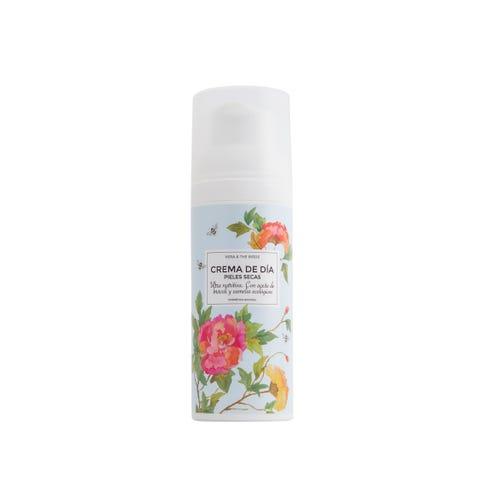 Product, Flower, Plant, Deodorant, Petal, camomile, Air freshener, Liquid, Herbaceous plant, Impatiens,