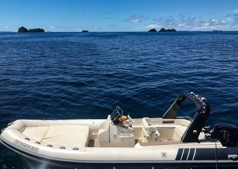 diving and snorkeling excursions from the aqua blu ship in raja ampat, indonesia