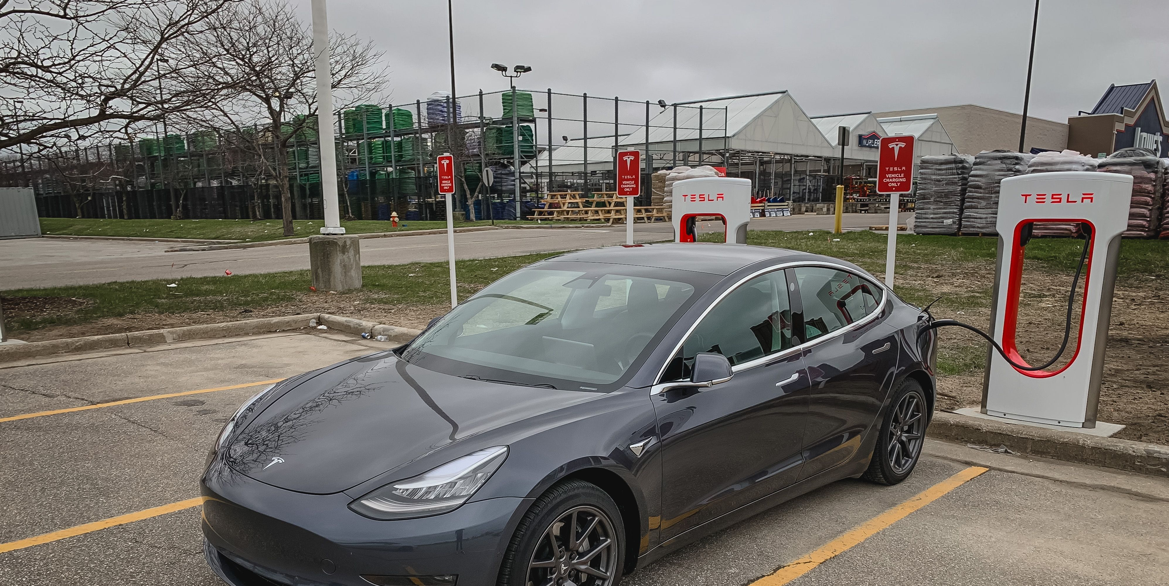Tesla 250-kW Supercharger Saved Only 2 Minutes vs. 150-kW Charger