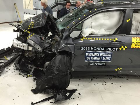 2016 honda pilot crash test
