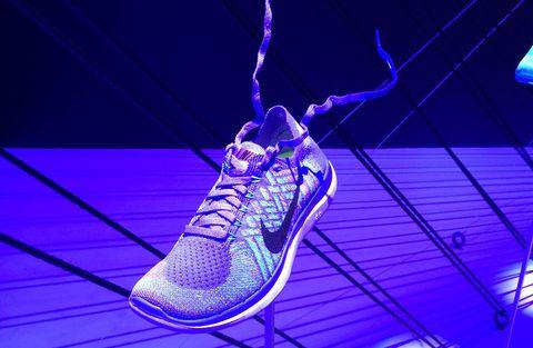 Footwear, Blue, Shoe, Purple, Line, Majorelle blue, Violet, Electric blue, Athletic shoe, Light,