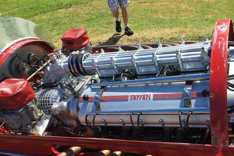 Vehicle, Motor vehicle, Car, Engine, Auto part, Vintage car, Formula libre, Classic car, Wheel, Antique car,