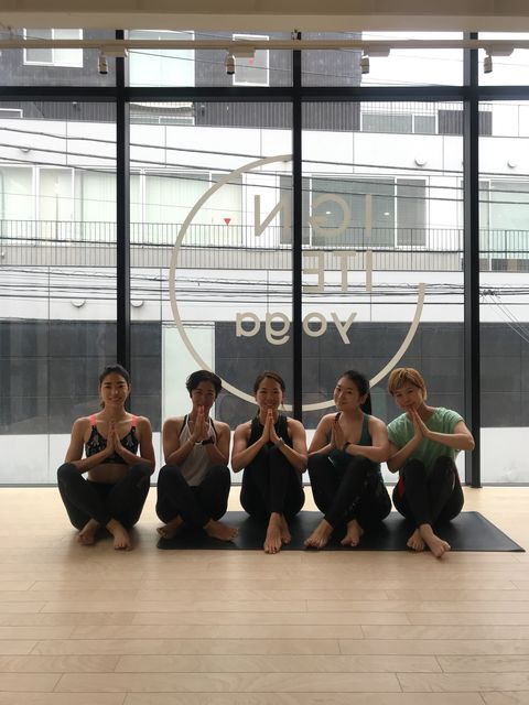 Physical fitness, Dance, Performing arts, Choreography, Team, Performance art, Pilates, Sports, Stretching, Sitting,