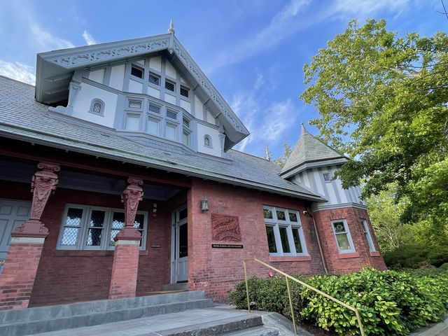 the peter marino art foundation is housed in the original rogers memorial library in southampton new york