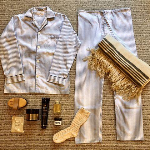 Product, Textile, Shirt, Dress shirt, Sleeve,