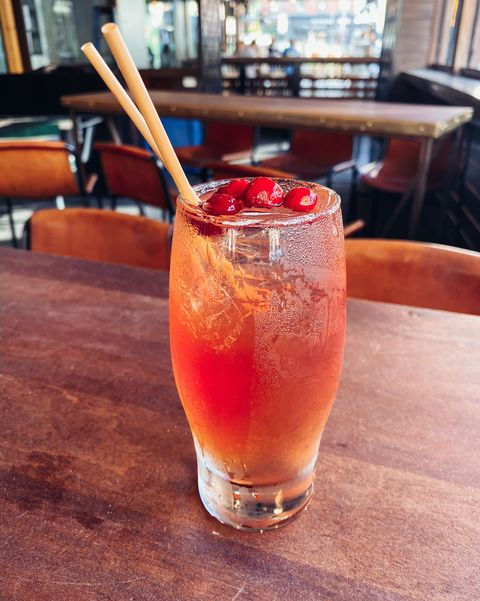 Drink, Bay breeze, Alcoholic beverage, Juice, Woo woo, Cocktail, Non-alcoholic beverage, Sea breeze, Distilled beverage, Mai tai,