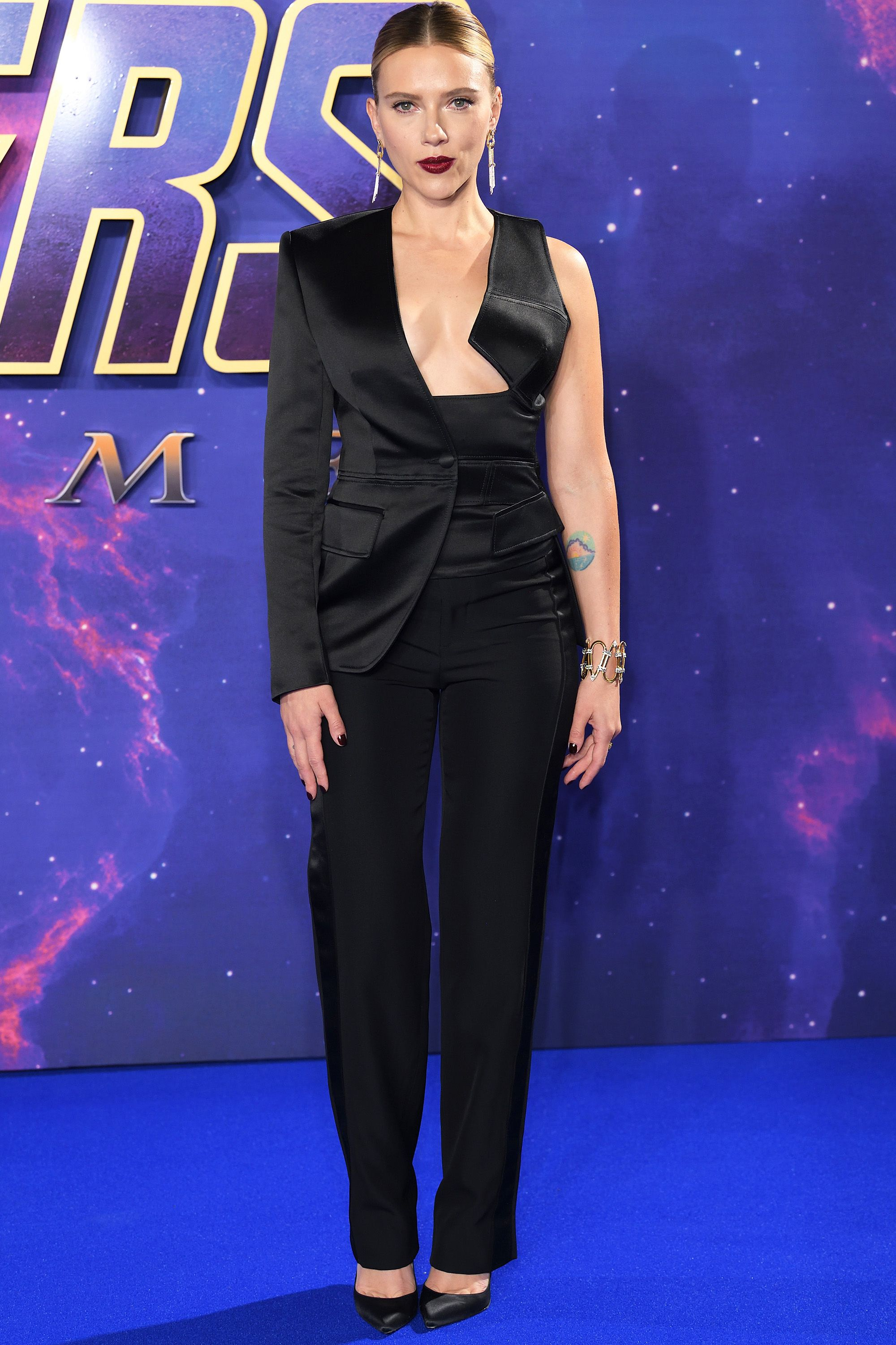 Who: Scarlett Johansson When: Tom Ford Wearing: April 10, 2019 Why: Business met pleasure at the Avengers Endgame event in London, England. Scarlett Johansson's perfectly tailored suit is everything.