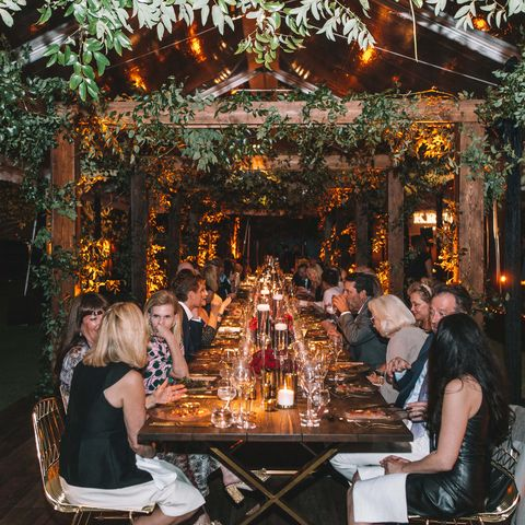 Lighting, Leisure, Table, Restaurant, Tree, Furniture, Event, Room, Meal, Backyard,