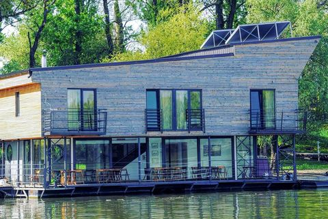 Waterway, House, Home, Property, Water, Architecture, Bayou, Canal, Building, Tree,