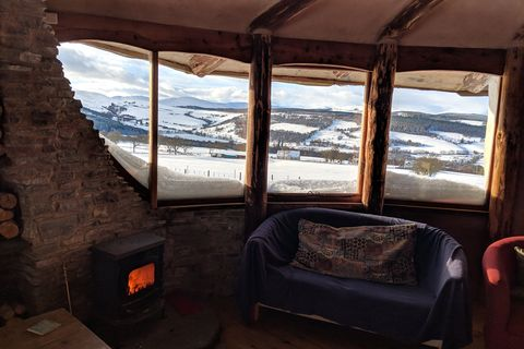 Moniack Mhor writers retreat
