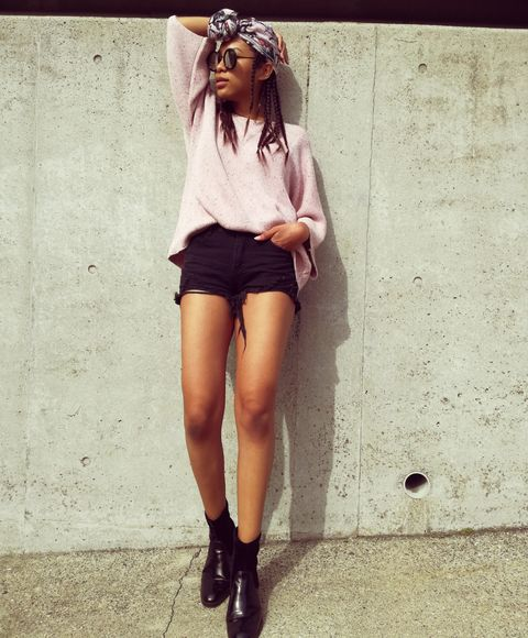 Clothing, Street fashion, Shorts, Eyewear, Fashion, Leg, Shoulder, Beauty, Footwear, Human leg,