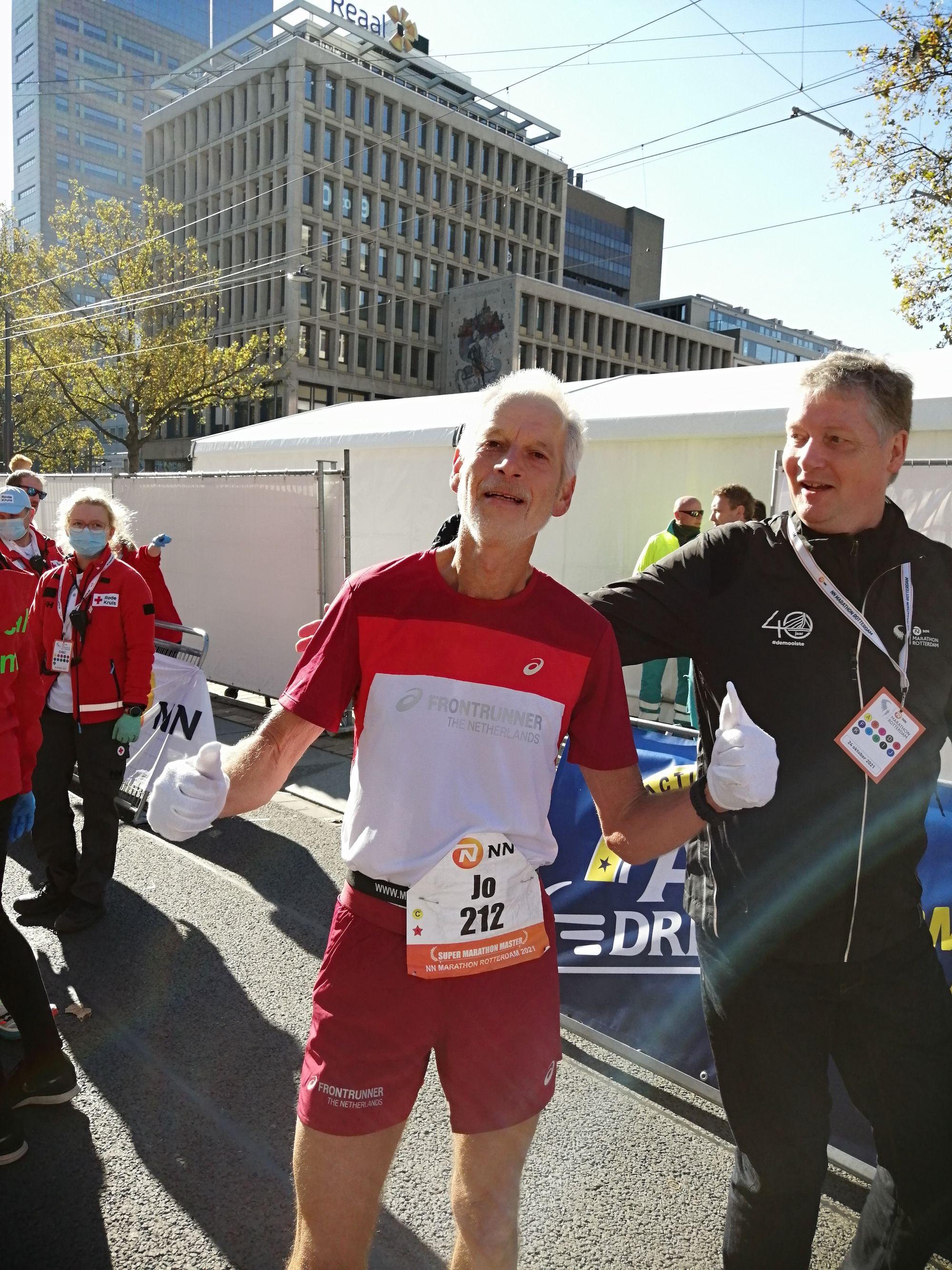 Jo Schoonbroodt liep in Rotterdam spontaan z'n eigen Europees Record aan flarden