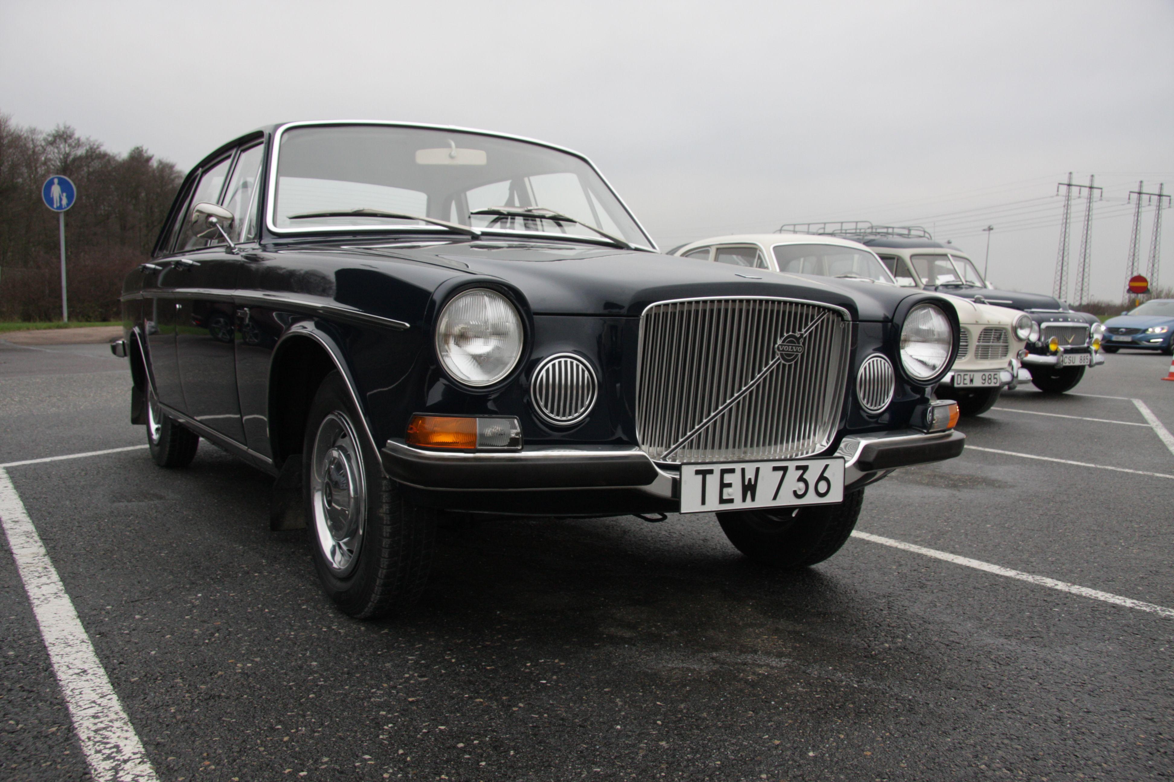 volvo\u0027s first luxury sedan just turned 50 Volvo PV544 Engine image