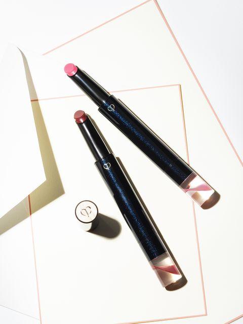 Cosmetics, Eye liner, Eye, Material property,
