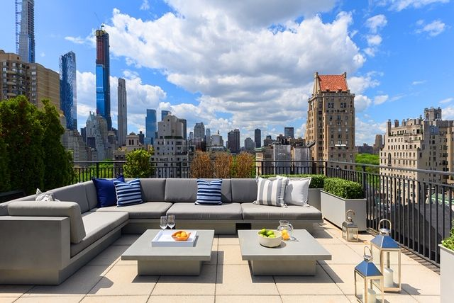 You'll Never Want to Leave the Terrace of This NYC Penthouse